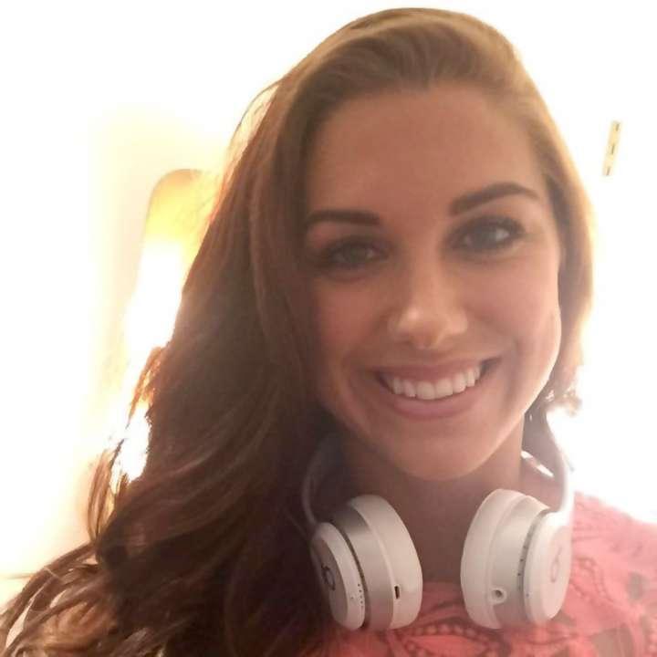 Alex Morgan wears Beats by Dre headphone on American Idol