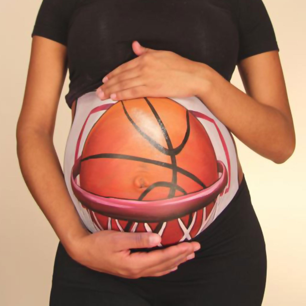 Ayesha Curry can hit a three-pointer even in her ninth month of pregnancy