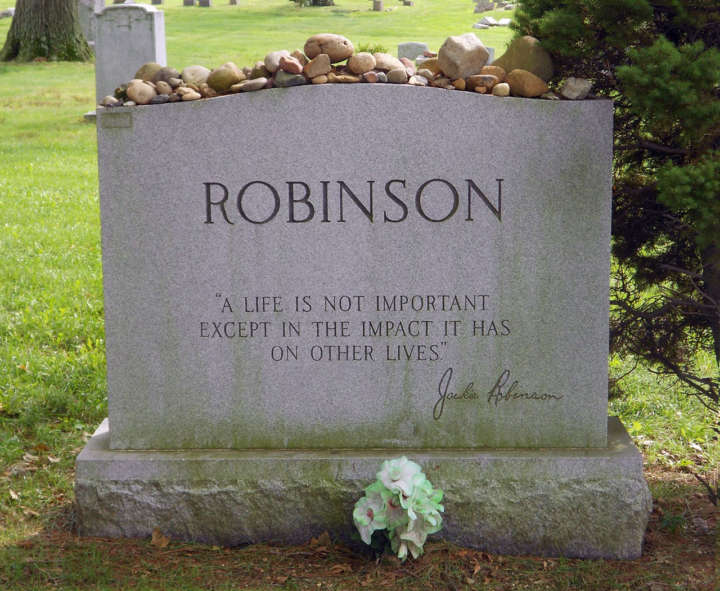 Grave sites of baseball's greatest players: Jackie Robinson tombstone