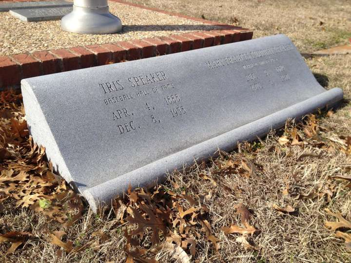 Grave sites of baseball's greatest players: Tris Speaker tombstone