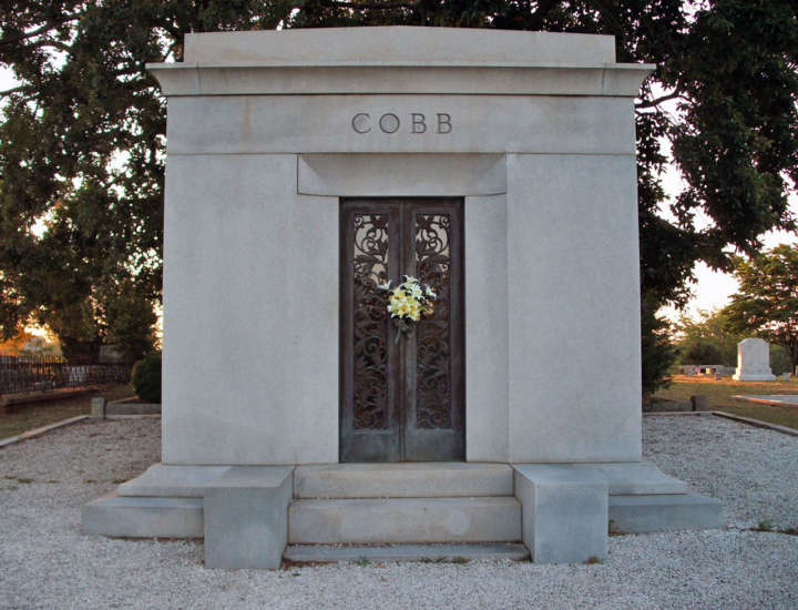Grave sites of baseball's greatest players: Ty Cobb tombstone