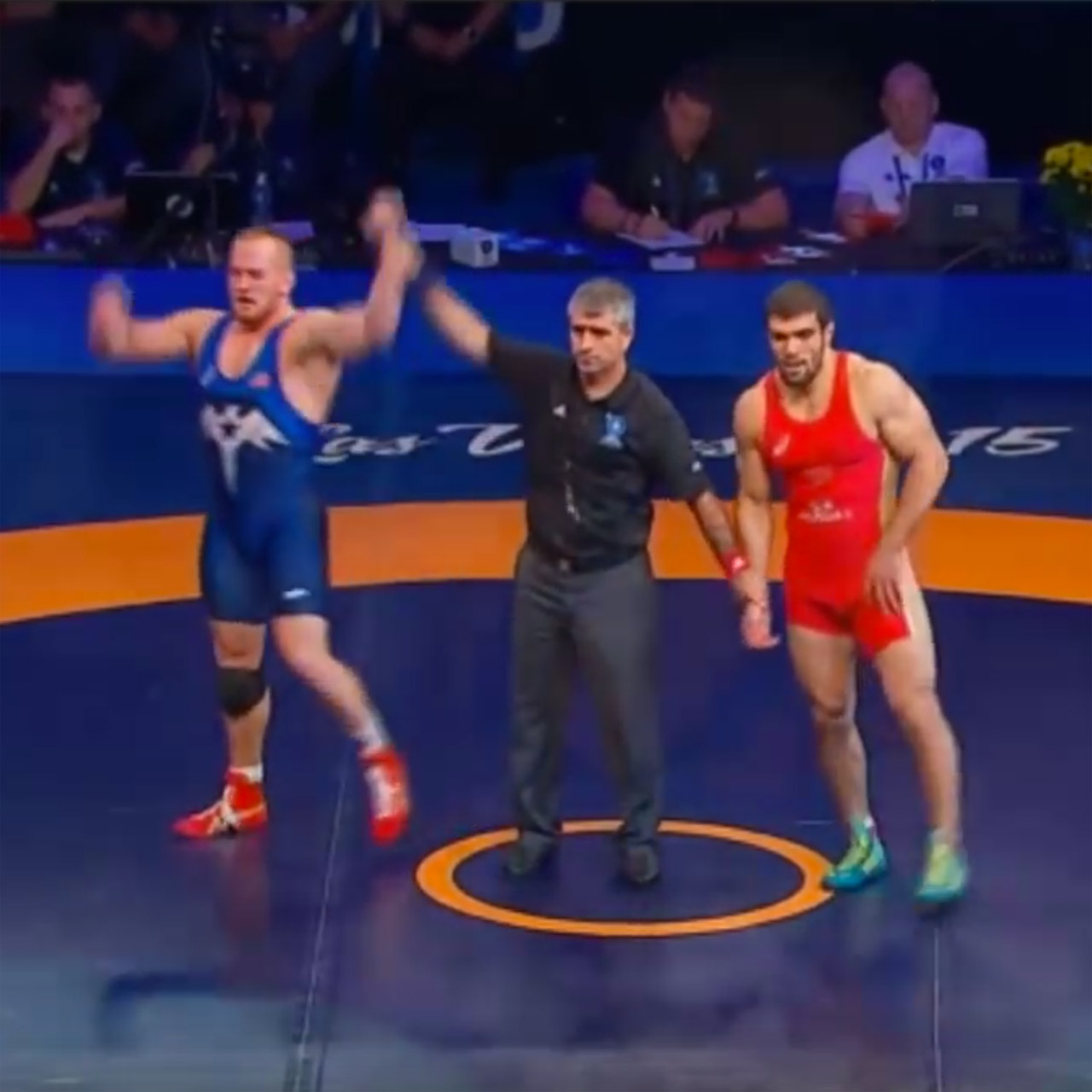 Kyle Snyder wins first wrestling world championship at age nineteen