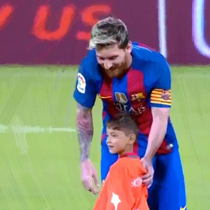 Lionel Messi meets Murtaza Ahmadi in Qatar