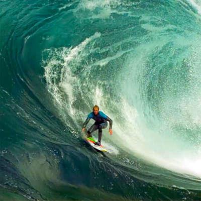 Mark Matthews riding a wave at 1000 frames per second