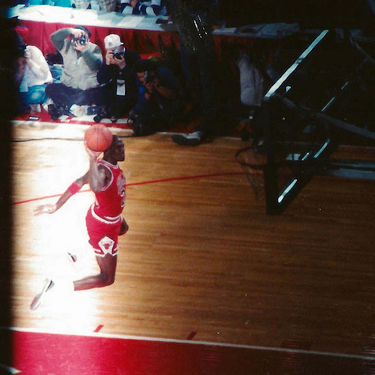 Michael Jordan free-throw line dunk from 1988 NBA Slam Dunk Contest