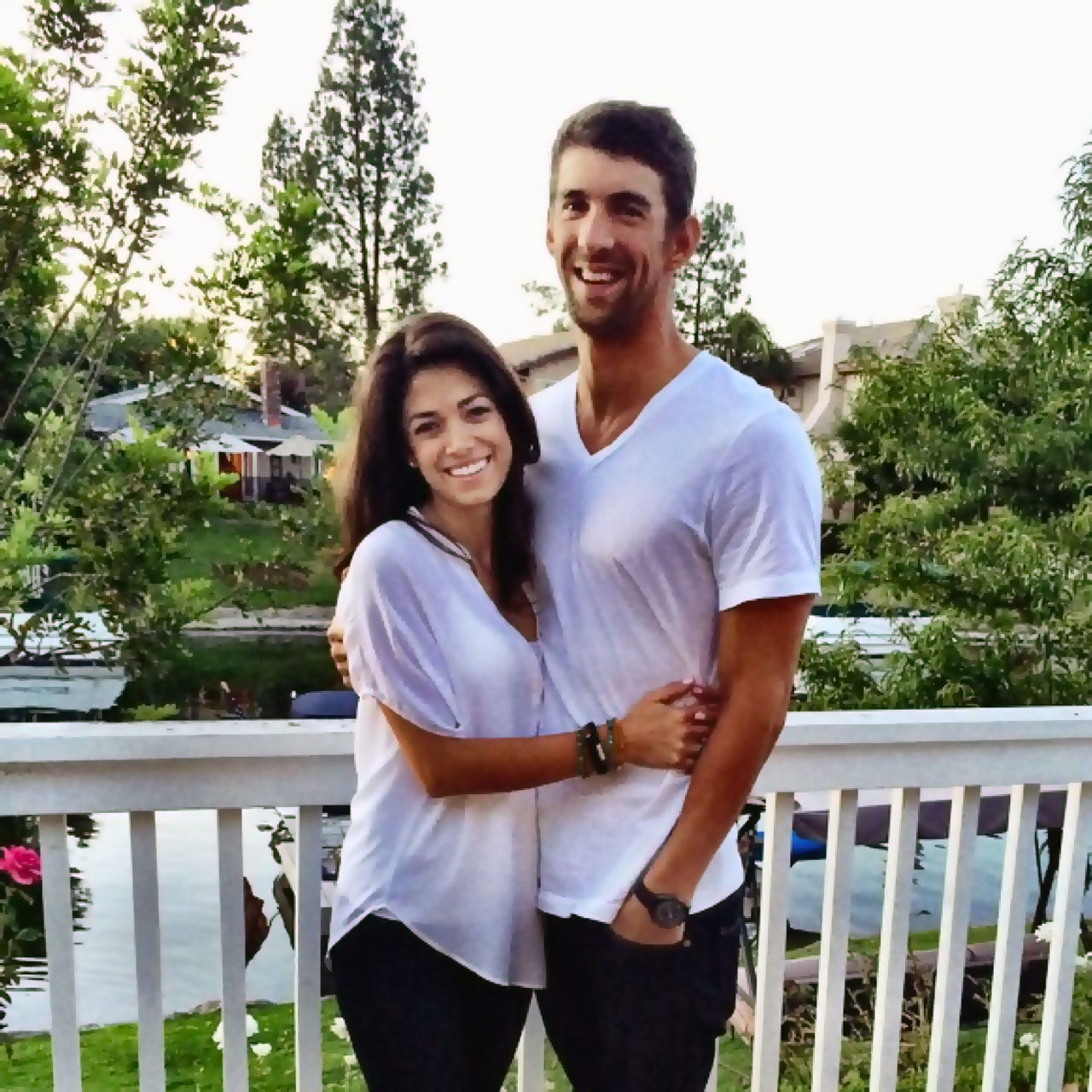 Miss California Nicole Johnson engaged to Michael Phelps