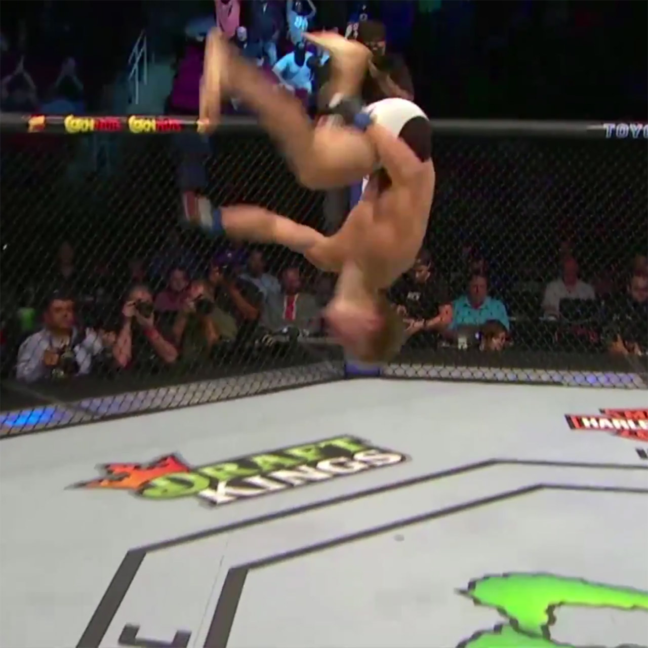 Sage Northcutt flips out after UFC 192 win