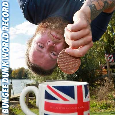 Simon Berry sets highest bungee dunk record in Berkshire, UK